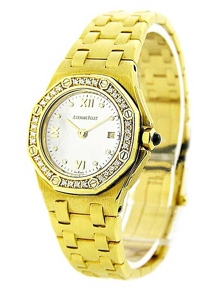 Audemars Piguet Yellow Gold Lady's Offshore in Yellow Gold with Diamond Bezel