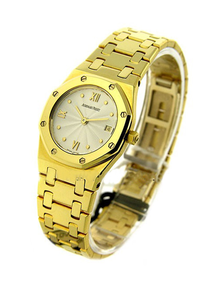 Audemars Piguet Lady's ROYAL OAK - Yellow Gold