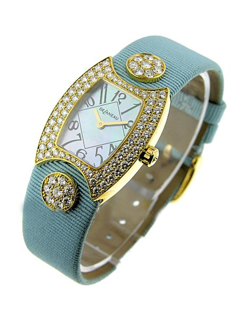 Delaneau DeLaneau Princess in Yellow Gold with Diamond Bezel