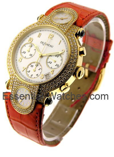Delaneau DeLaneau Three Times Zones in Yellow Gold with Diamond Bezel
