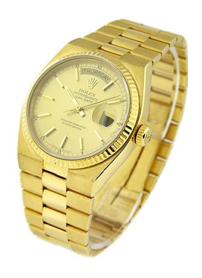 Pre-Owned Rolex Day-Date - President - 36mm - Yellow Gold - Fluted Bezel