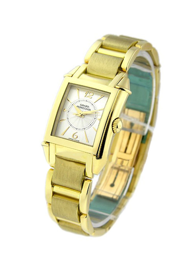 Girard Perregaux Lady's Vintage 1945 in Yellow Gold