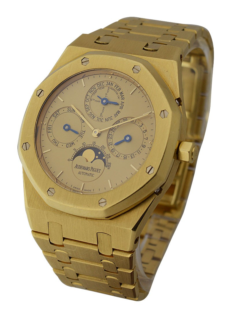 Audemars Piguet Royal Oak Perpetual Calendar Solid Back Chronograph 39mm Automatic in Yellow Gold