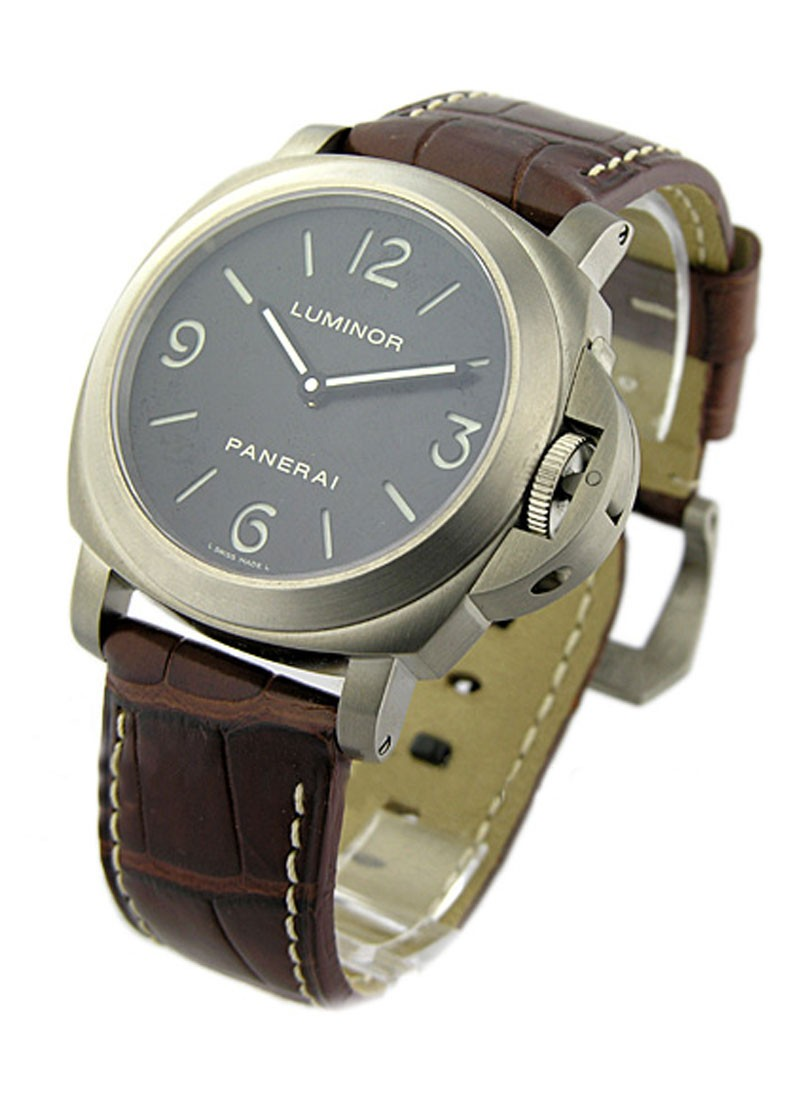 Panerai PAM 176 - Luminor Marina Historic in Titanium