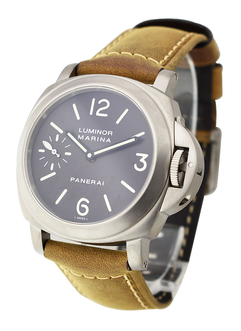 Panerai PAM 118 - Marina 44mm in Titanium