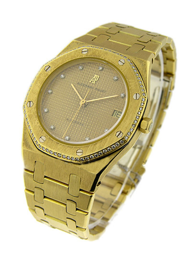 Audemars Piguet Royal Oak   Men's Size   Yellow Gold
