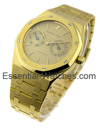 Audemars Piguet Royal Oak - Day Date (Old Style) 36mm Automatic in Yellow Gold