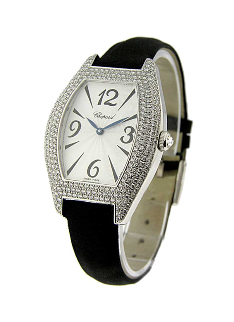 Chopard Classique Oval in White Gold with Diamond Bezel