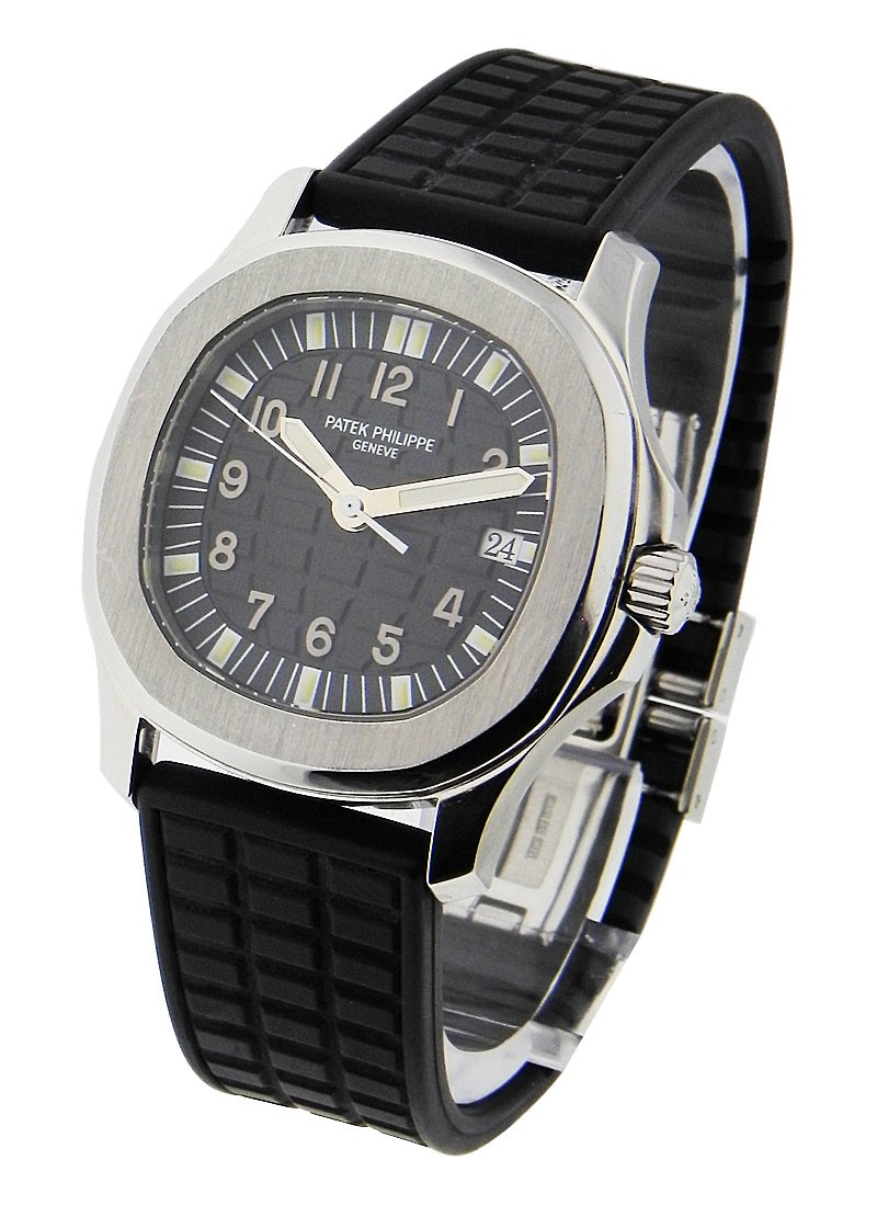 Patek Philippe Aquanaut 5060A Mens Automatic in Steel