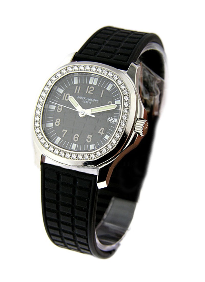 Patek Philippe Aquanaut Luce Small Size Quartz in Steel with Diamond Bezel