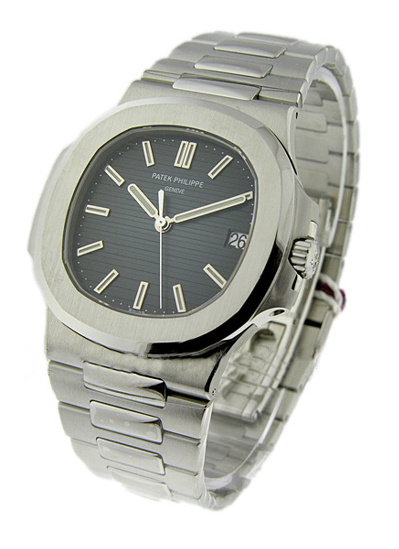 Patek Philippe Jumbo Nautilus 5711 in Steel
