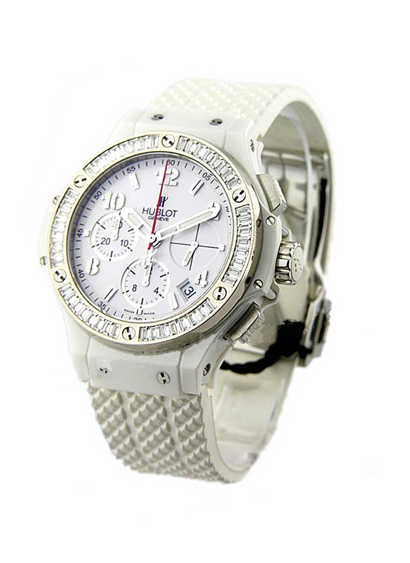 Hublot  Big Bang 41mm in White Ceramic with Baguette Diamond Bezel
