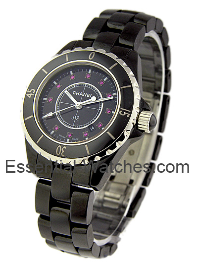 Chanel J12 33mm Quartz in Ceramic and Steel