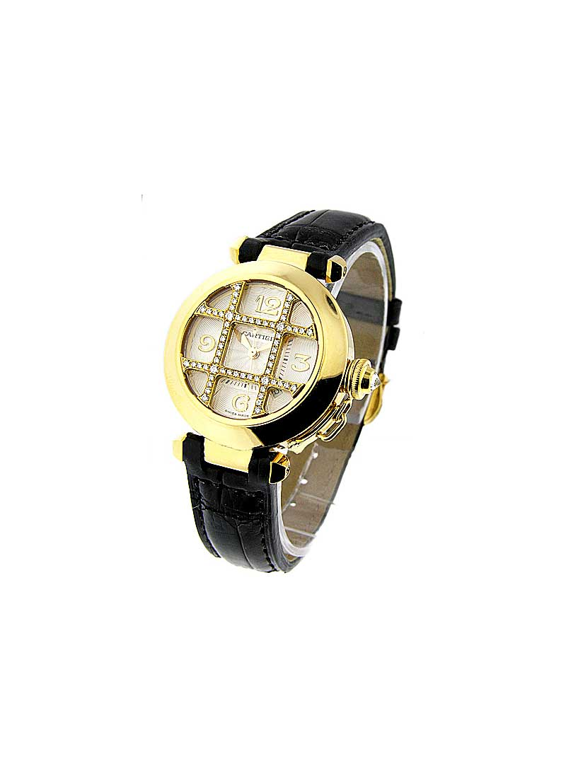 Cartier Pasha de Cartier 32 in Yellow Gold with Diamond Grid