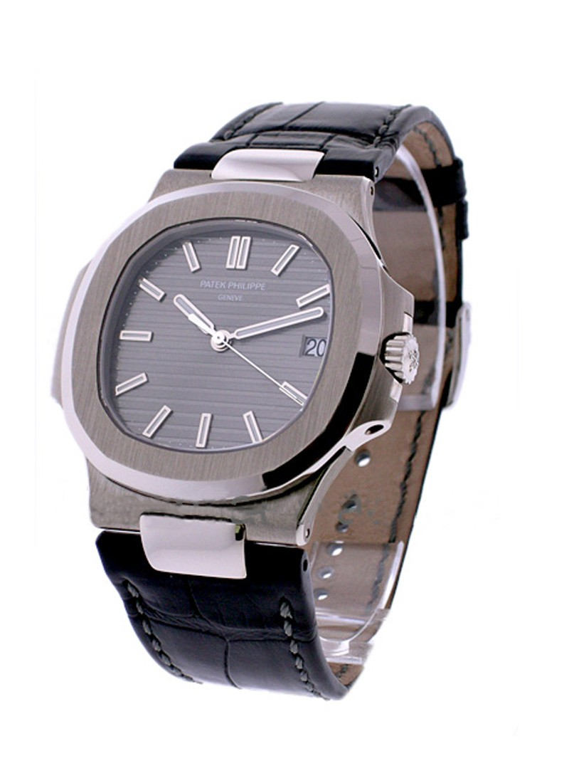 Patek Philippe Jumbo Nautlilus Mens Automatic in White Gold