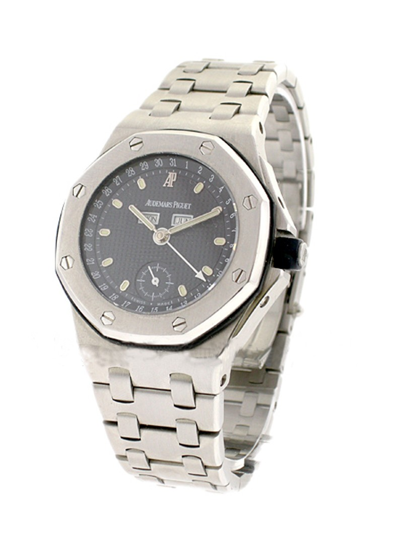 Audemars Piguet Royal Oak Offshore Triple Calendar 39mm Automatic in Stainless Steel