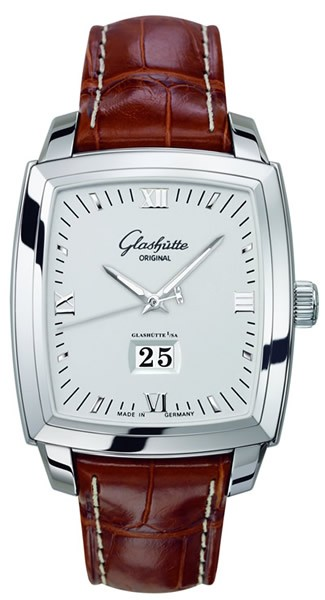 Glashutte Senator Karree Panorama Date 40mm in Steel
