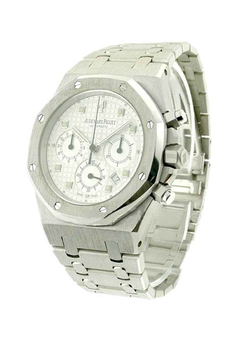 Audemars Piguet Royal Oak Chronograph in White Gold