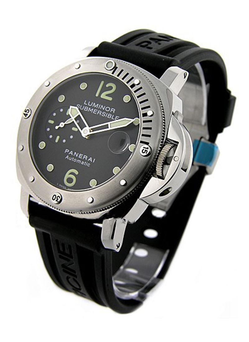 Panerai PAM 24 - Luminor Submersible in Steel