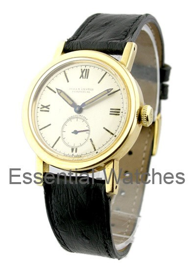 Pre-Owned Rolex Vintage Bubble Back Empire in Yellow Gold - Circa 1940's