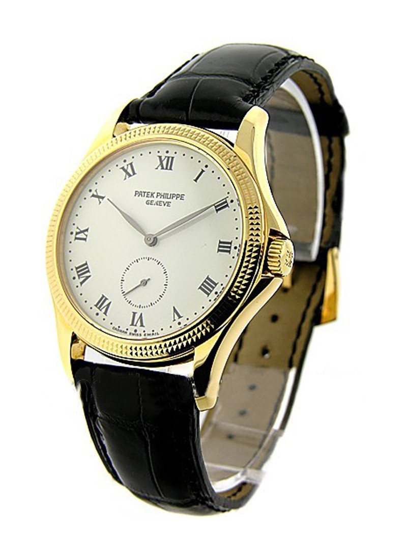 Patek Philippe 5115 Calatrava with Hobnail Case in Yellow Gold