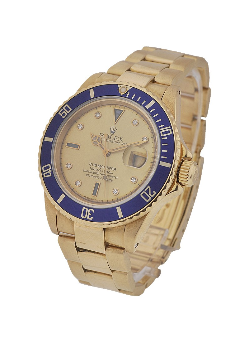 Pre-Owned Rolex Submariner in Yellow Gold with Blue Bezel