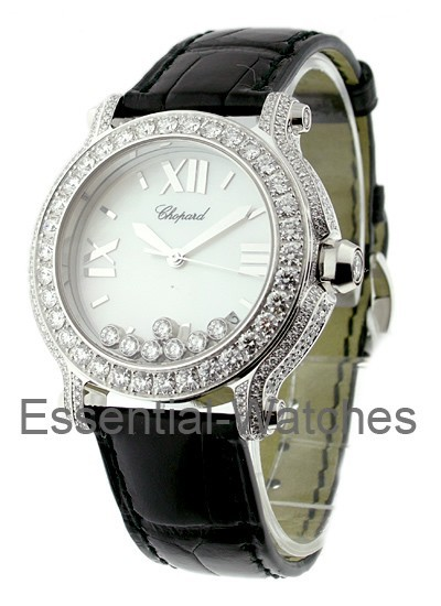 Chopard Happy Sport Round in White Gold with Diamond Bezel