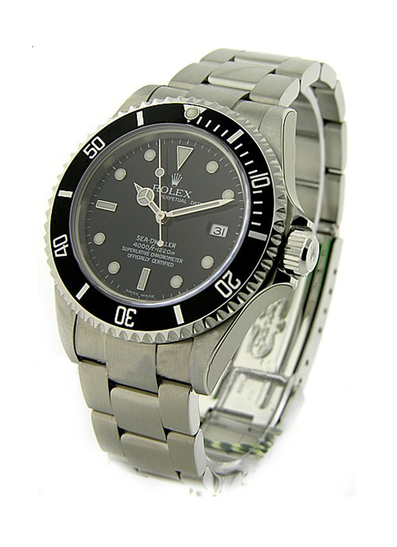 Pre-Owned Rolex Sea Dweller in Steel with Black Bezel