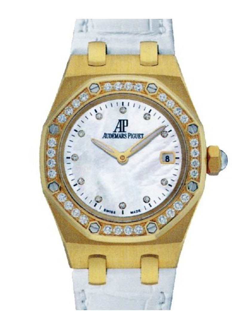 Audemars Piguet Royal Oak Lady's Yellow Gold with Diamond Bezel