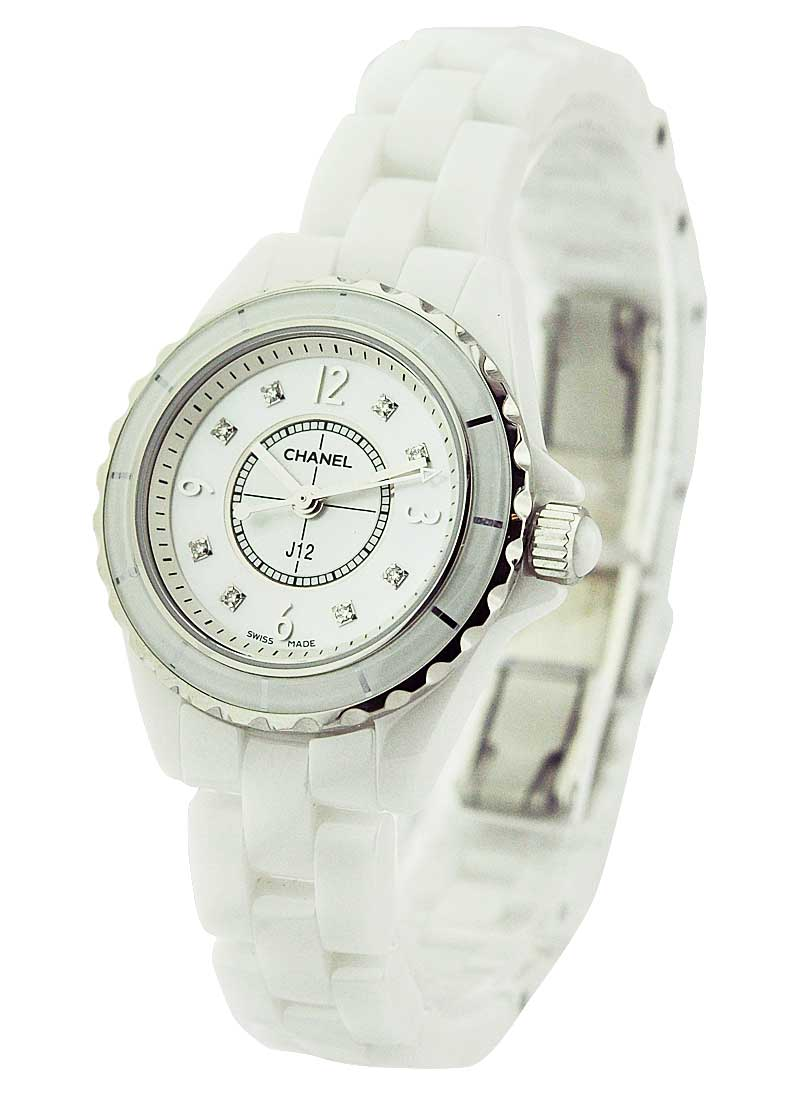 Chanel J12 Quartz 33mm in White Ceramic