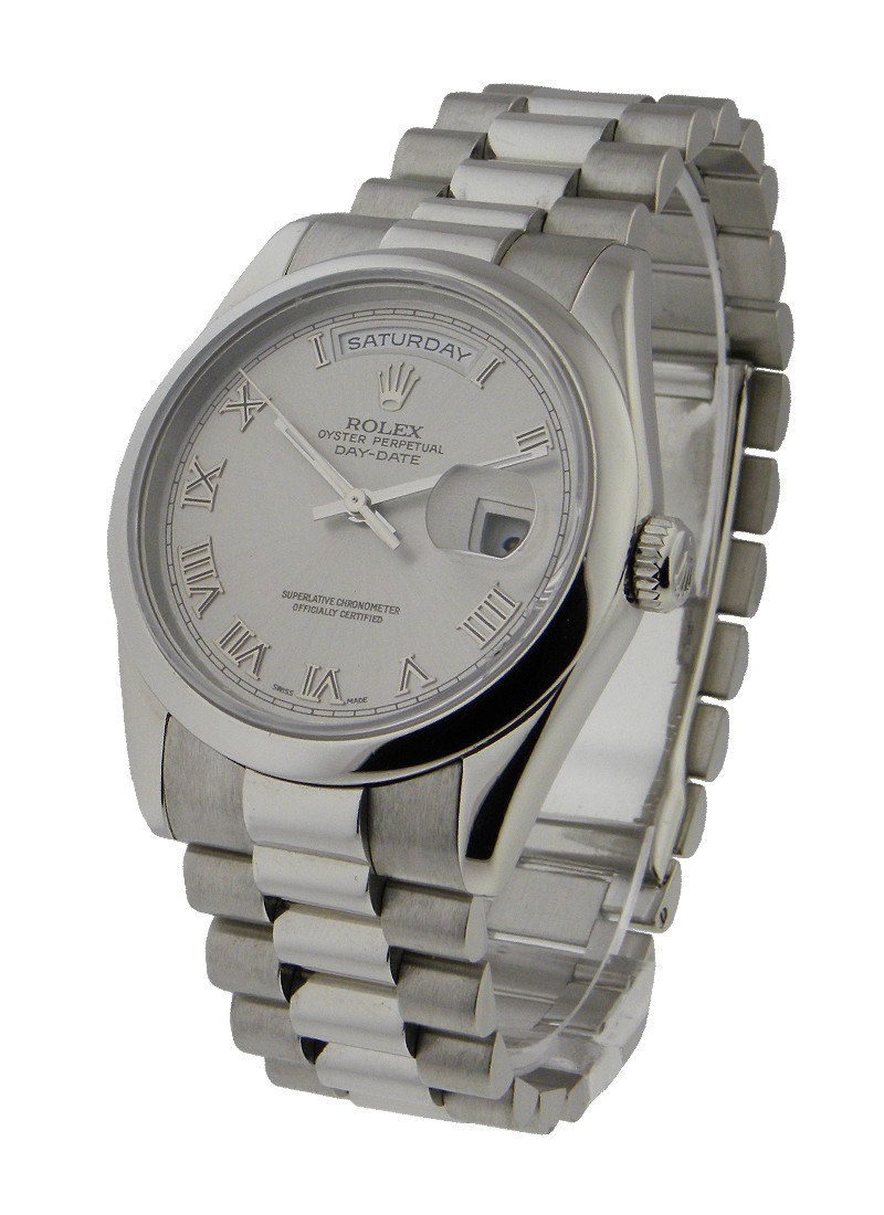 Pre-Owned Rolex President Day Date 36mm in Platinum with Domed Bezel