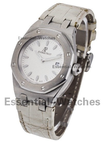 Audemars Piguet Lady Royal Oak 33mm Quartz in Steel