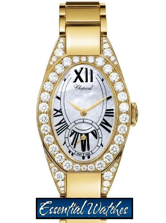 Chopard Ladies Classic Oval 28mm in Yellow Gold
