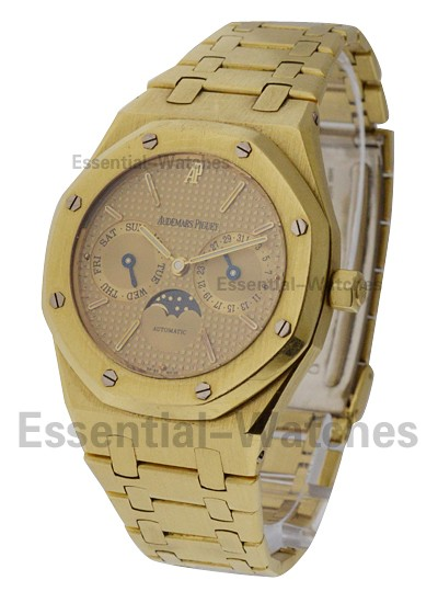Audemars Piguet 36mm Royal Oak Day-Date with Moonphase 36mm Automatic in Yellow Gold