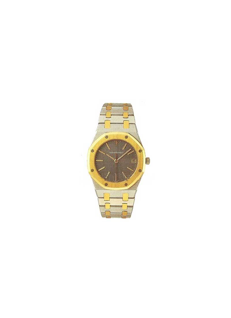 Audemars Piguet Royal Oak 36mm AutomaticTwo-Tone in Steel and Yellow Gold Bezel