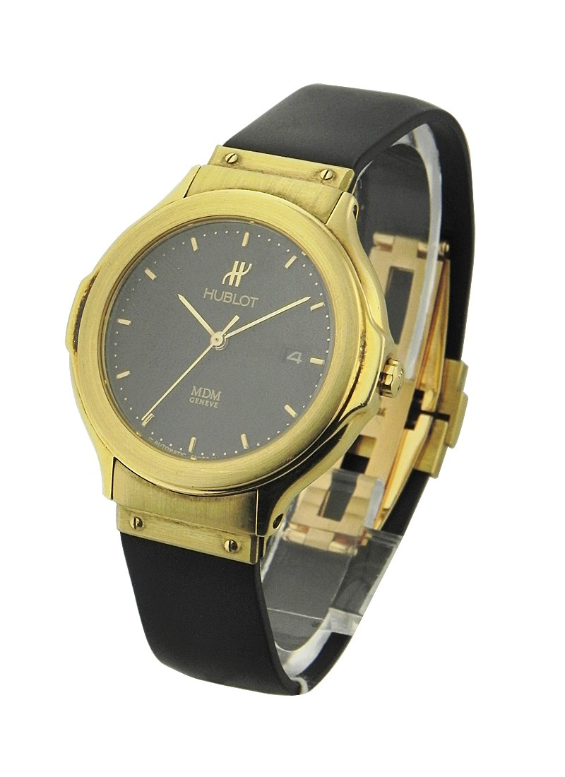 Hublot Classic Automatic Date in Yellow Gold