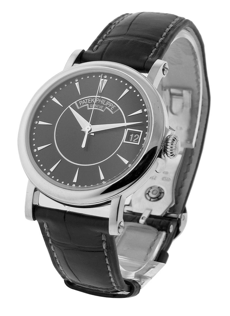 Patek Philippe Calatrava 5153G-001 in White Gold