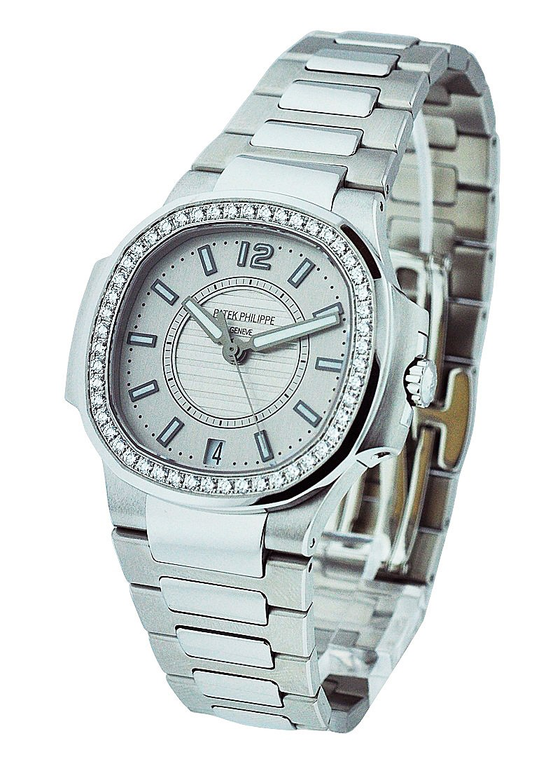 Patek Philippe Nautilus Lady's with Diamond Bezel