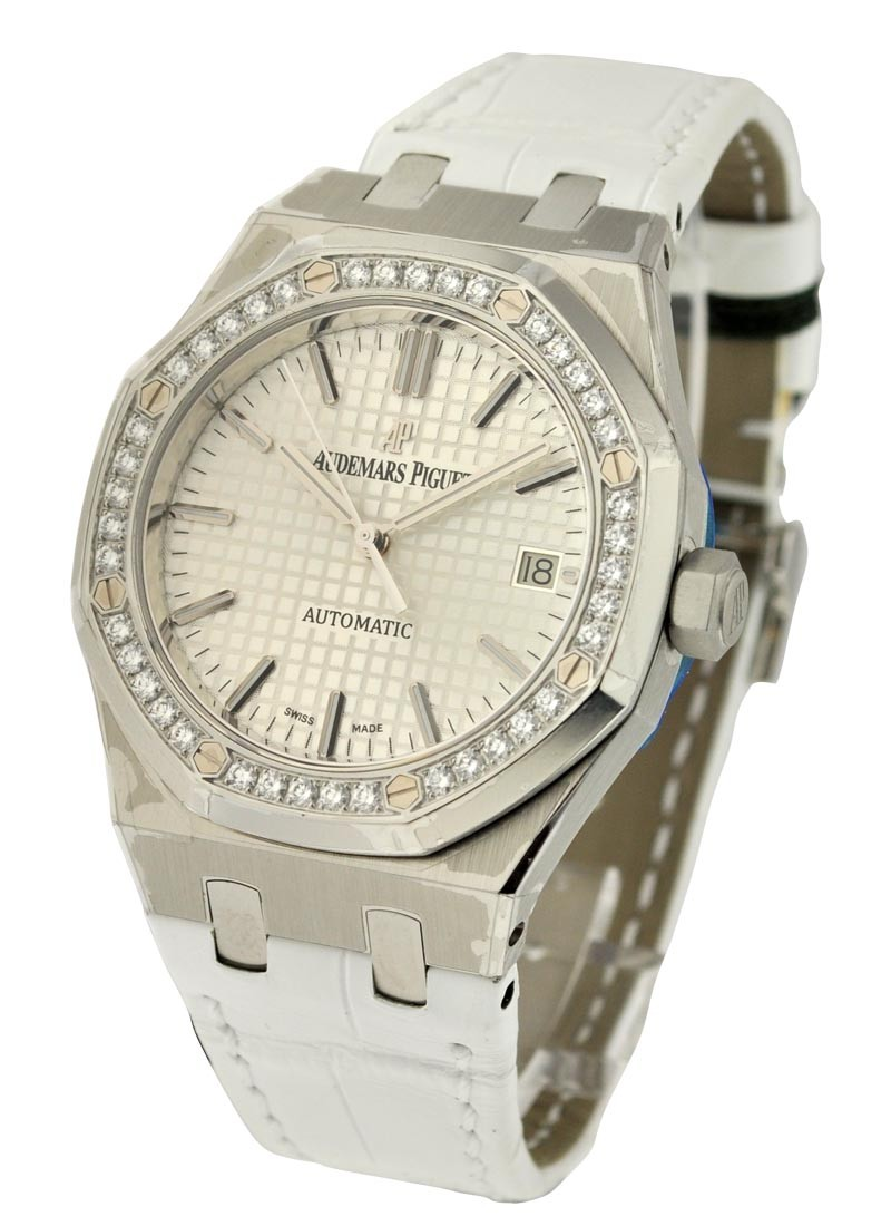 Audemars Piguet Royal Oak 37mm in Steel with Diamond Bezel