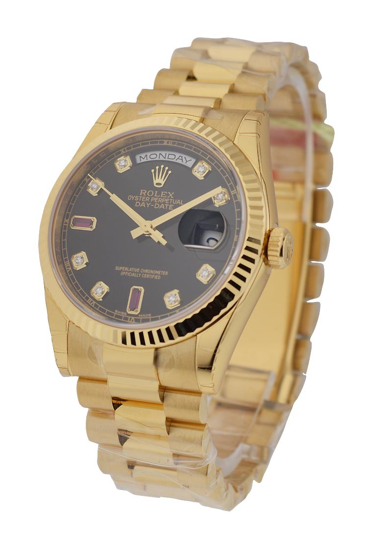 Rolex Unworn Day Date Men's President in Yellow Gold   Fluted Bezel