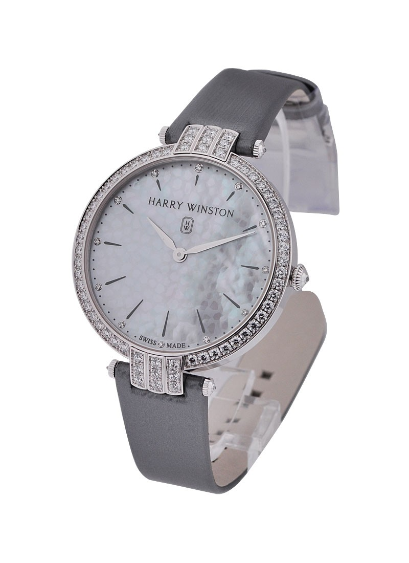 Harry Winston Premier Ladies 36mm in White Gold with Diamond Bezel
