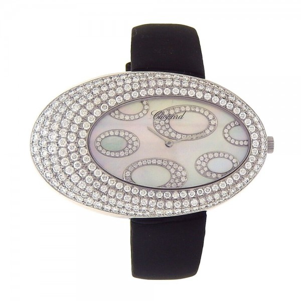 Chopard Classique 34mm Quartz in White Gold with Diamond Bezel