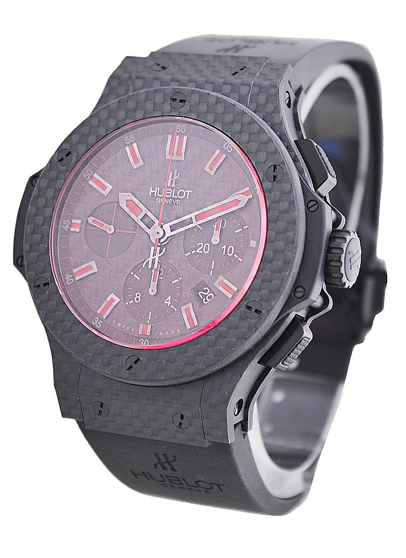 Hublot Big Bang Red Magic Carbon 44mm  in Carbon Fiber