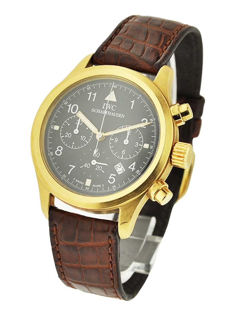 IWC Quartz Pilots Fliegerchronograph in Yellow Gold