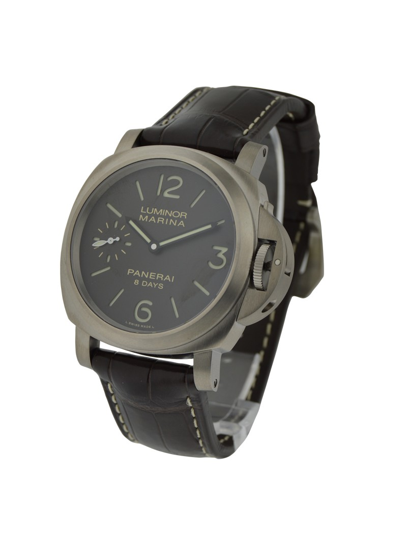 Panerai Pam 564   Luminor Marina 8 days Titanio in Titanium