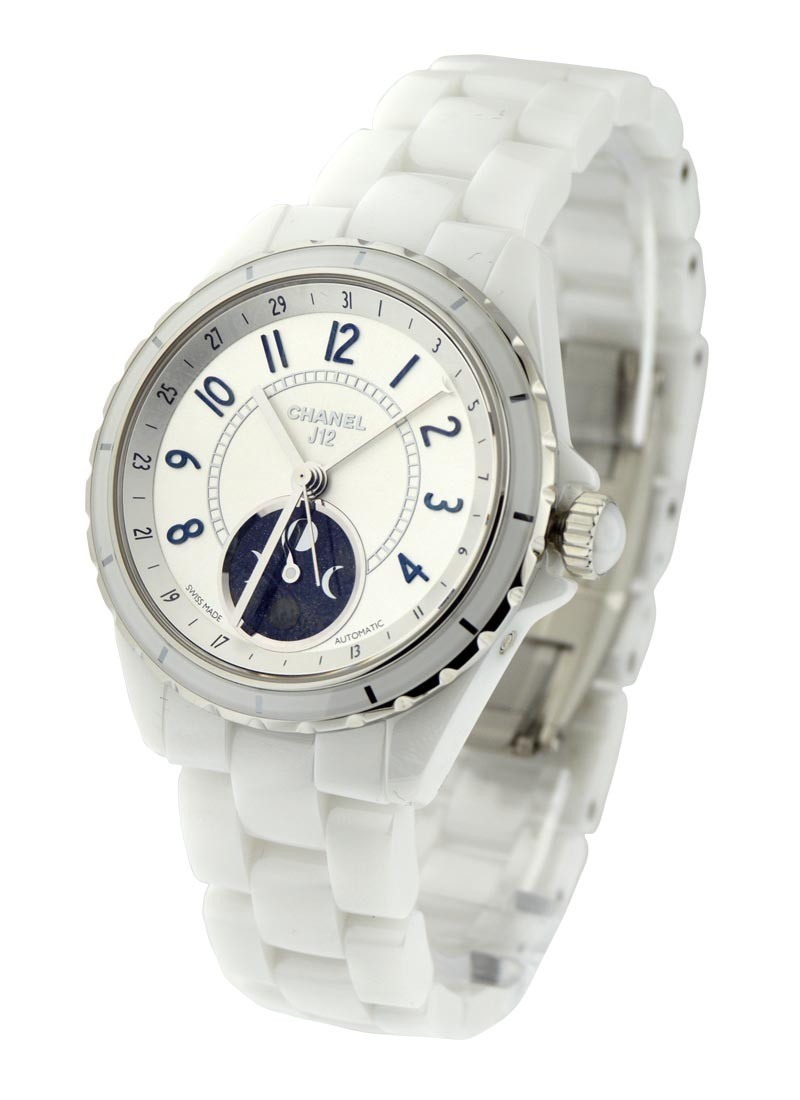 Chanel J12 Ladies Automatic 38mm in White Ceramic