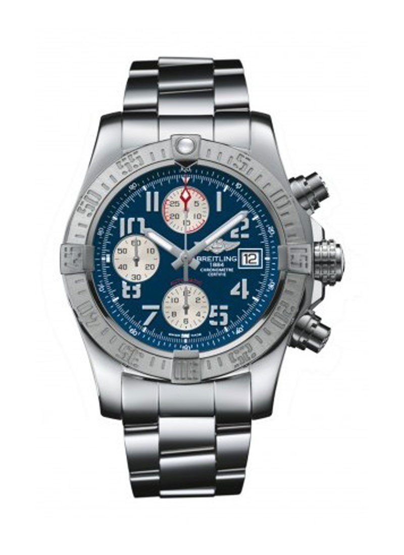 Breitling Avenger II GMT Mens Automatic in Steel