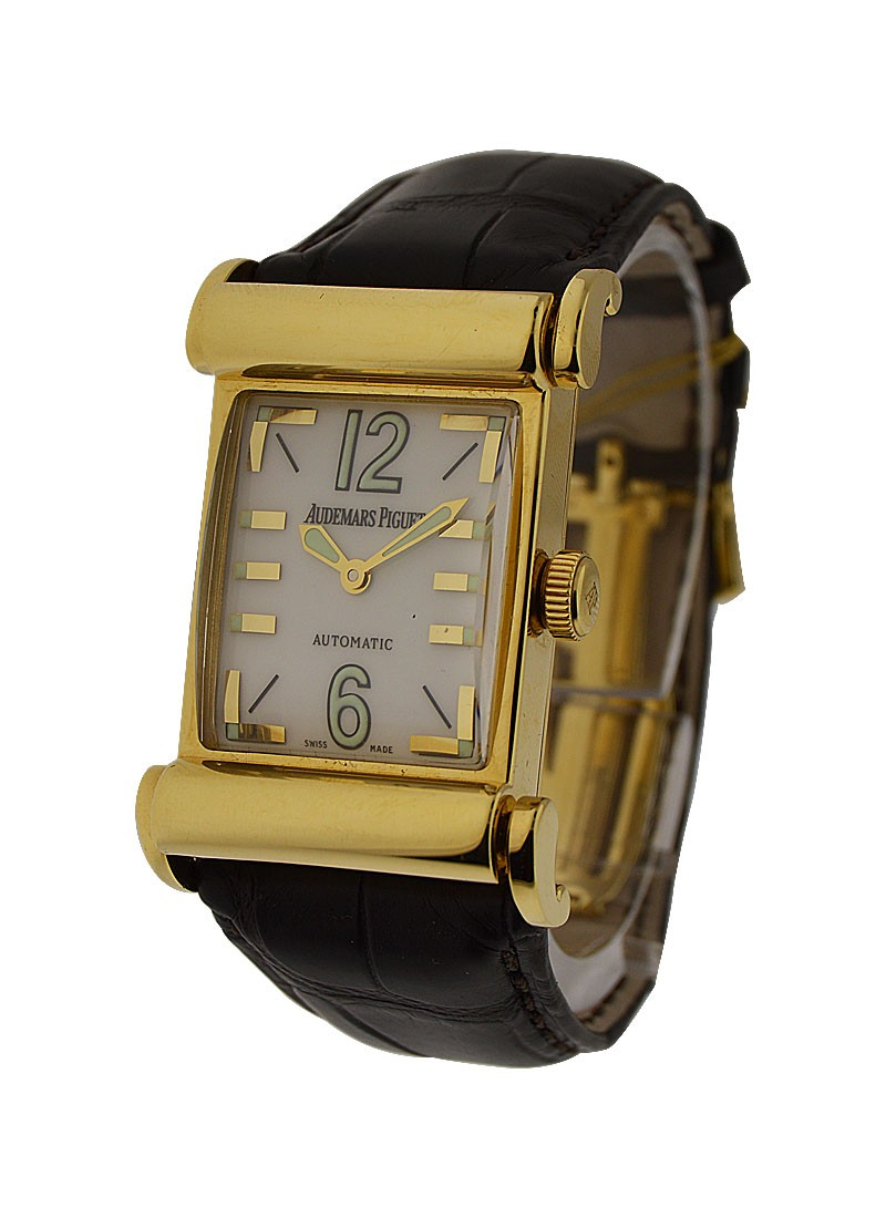 Audemars Piguet Mens Large Size Canape in Yellow Gold