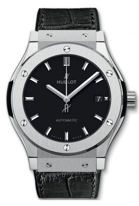 Hublot Classic Fusion 42mm in Titanium