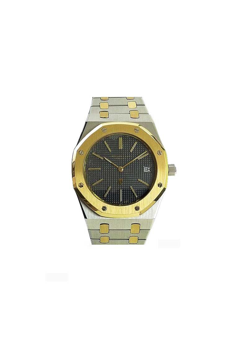 Audemars Piguet Royal Oak 39mm Automatic in Steel and Yellow Gold